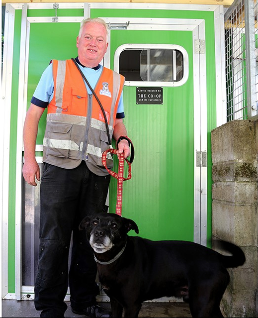Steve Woodward (Kennel Manager) and dog Sol at Animal Lifeline