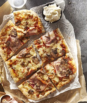 Co-op Irresistible Ham, Mushroom and Mascarpone pizza