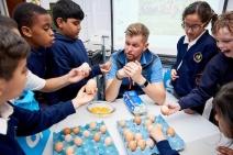 UNP Co Op 37376 Oakwood Primary School53 - eggs