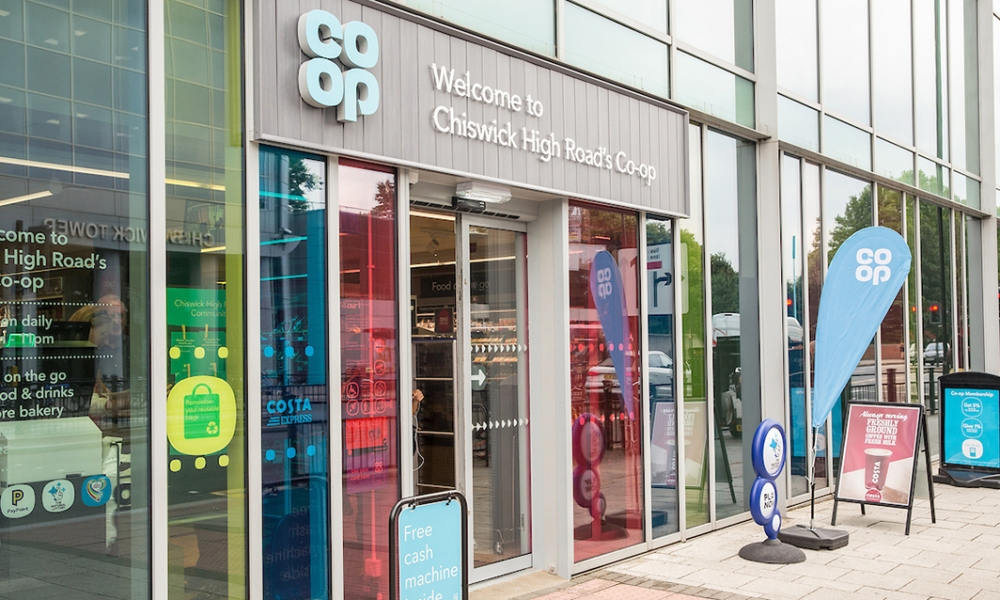 Picture of the entrance to Chiswick High Road's Co-op